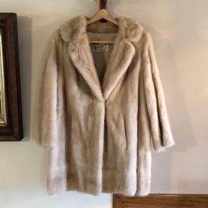 Gorgeous vintage  beige blonde mink fur jacket M L